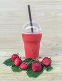 Jus de smoothie de fraise Image stock