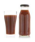 jus de tomates dans un verre d'isolement Photo libre de droits