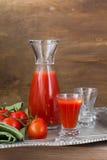 Jus de tomates frais Images stock