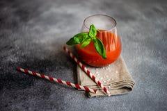 Jus de tomates frais photos stock
