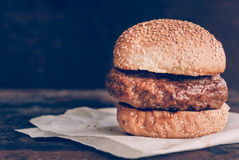 Just the burger Royalty Free Stock Photos
