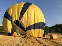Just landed in wheat field, Provence, France. Ballon ride is over, what a unique experience, Alpes de Haute Provence Stock Photos