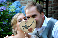 Just married couple. With heart Royalty Free Stock Images