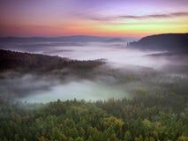 Juste avant le lever de soleil Image libre de droits