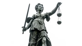 Free Justice Statue With Sword And Scale Stock Photography - 168572712