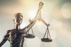 Justicia de la estatua imagen de archivo libre de regalías