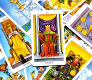 Justicia Tarot Card Court y ley, legalidades, contratos, documentos libre illustration