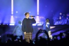 Justin Bieber - multidão entusiástica, fase do concerto da música, dançarinos Foto de Stock
