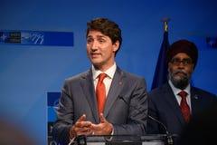 Justin Trudeau, Premierminister von Kanada und Harjit Singh Sajjan, Verteidigungsminister von Kanada stockbild
