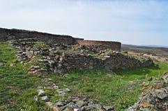 Justiniana Prima, cidade de Roman Byzantine, paredes da fortaleza imagens de stock