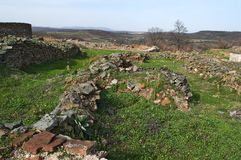 Justiniana Prima, cidade de Roman Byzantine, paredes da fortaleza fotos de stock