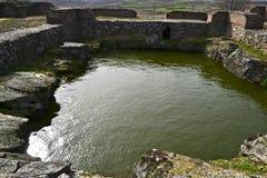 Justiniana Prima, Roman Byzantine stad, behållare med vatten royaltyfria bilder