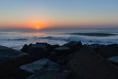 Jutrzenkowa oceanu wschodu słońca plaża Obrazy Stock