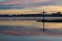 Jutrzenkowy jezioro krzyż Zdjęcie Stock
