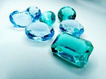 Juvel för diamons för ädelstenkristallsafir arkivbilder