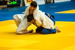 Juventud de la competencia del judo Foto de archivo libre de regalías