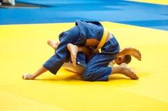 Juventud de la competencia del judo Imágenes de archivo libres de regalías
