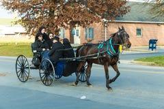 Juventude de Lancaster Conty Amish foto de stock