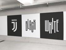 Juventus `-motto i en grafitti på Allianz stadion royaltyfria bilder