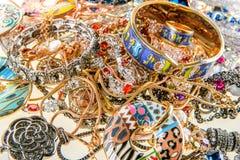 Juvlar och dyrbara gemstones Arkivbild