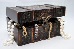Juweel in doos royalty-vrije stock afbeeldingen
