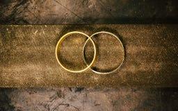 Juwelen die op het jeweler'swerk maken royalty-vrije stock foto's
