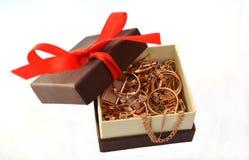 Juwelen in een doos Stock Foto