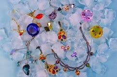 Juwelen am Eis Stockfotos