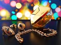 juwelen met de geur van parfum worden gecombineerd dat expensively rijken stock afbeeldingen