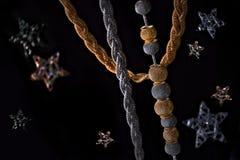 juwelen op zwarte achtergrond met sterren Royalty-vrije Stock Afbeelding
