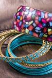 Juwelen, perl en armband in samenstelling Royalty-vrije Stock Foto