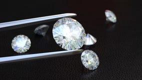 Juwelen tweezer en Diamanten stock videobeelden
