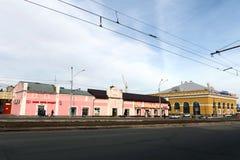 Juwelenwinkel en de Passage ` van het handelhuis ` over de Weg van Lenin in Barnaul Stock Fotografie