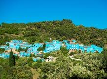 Juzcar,蓝色安达卢西亚的村庄在马拉加 免版税库存图片