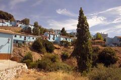 Juzcar blå by som är typisk av Andalucia Royaltyfri Fotografi