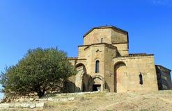 在第比利斯附近的教会著名jvari 图库摄影