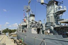 Jóvenes del destructor USS Cassin del barco de la Armada Imagen de archivo libre de regalías