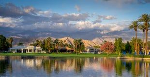 Jw马里奥特沙漠春天的高尔夫球场依靠&温泉 免版税库存照片