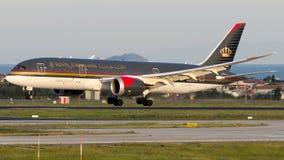 JY-BAC Royal Jordanian Airlines, Боинг 787-8 Dreamliner стоковые фото