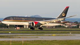 JY-BAC Royal Jordanian Airlines, Boeing 787-8 Dreamliner Photos stock