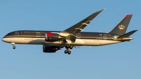 JY-BAH Royal Jordanian Airlines, Боинг 787-8 Dreamliner Стоковые Фотографии RF