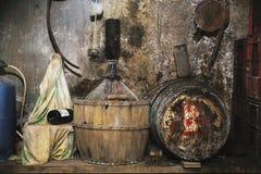 källarecognacen flankerar oaken där wine Royaltyfri Fotografi