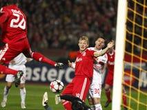 kämpar för uefa för den debrecen ligaliverpool matchen vs arkivfoto
