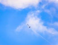 kämpeflyg i himlen Militärt flygplan av den 4th utvecklingen Arkivbilder