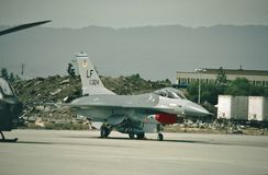 Kämpfender Falke U.S.A.F. General Dynamics F-16A 79-0324 stockfotos