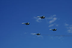 Kämpferflugzeuge Su-27 im Flug Stockbild