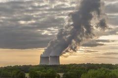 Kärn- kraftverk Arkivfoton