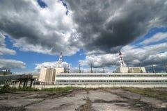 kärn- strömstation royaltyfri fotografi