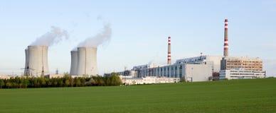 kärn- strömstation Arkivbild