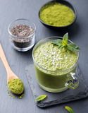 Kärnar ur chiaen Matcha för grönt te pudding, efterrätt Royaltyfria Foton
